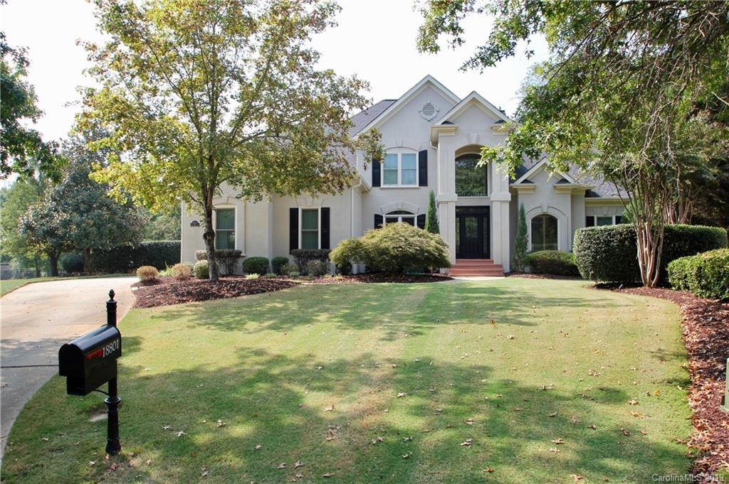 18801 Riverwind Lane, Davidson, NC 28036, MLS # 3555373