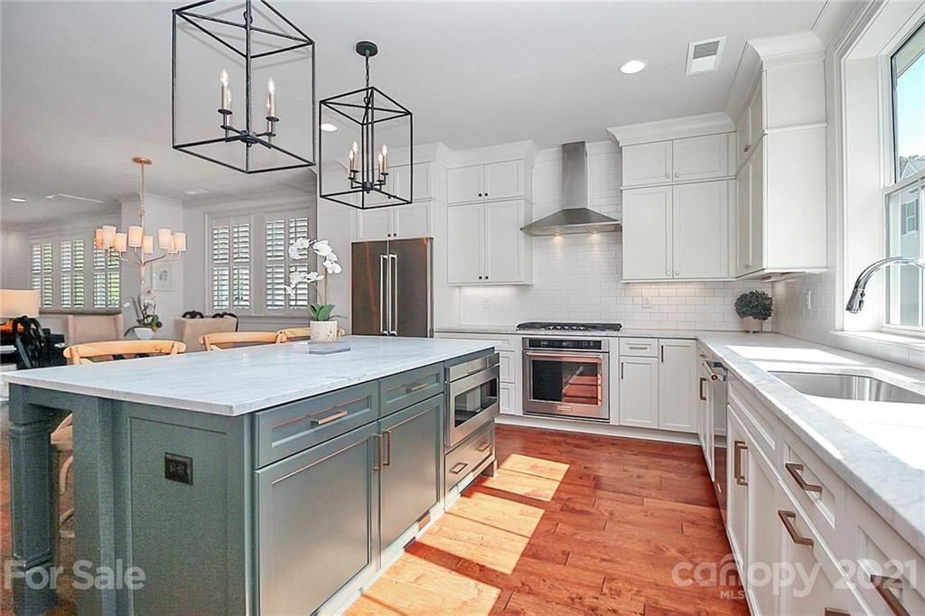 1216 Cotswold Place, Charlotte, NC 28211, MLS # 3671790