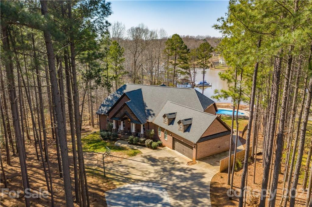 6762 Barefoot Cove Court, Denver, NC 28037, MLS # 3713115