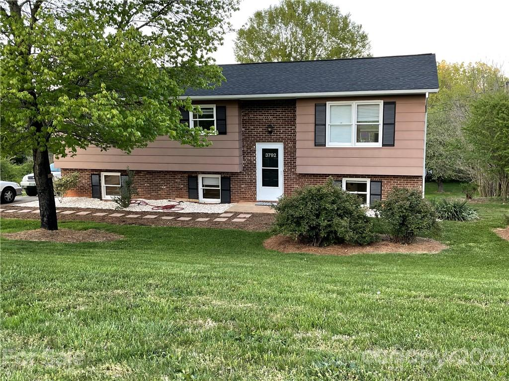 3792 Newhall Drive, Conover, NC 28613, MLS # 3739085