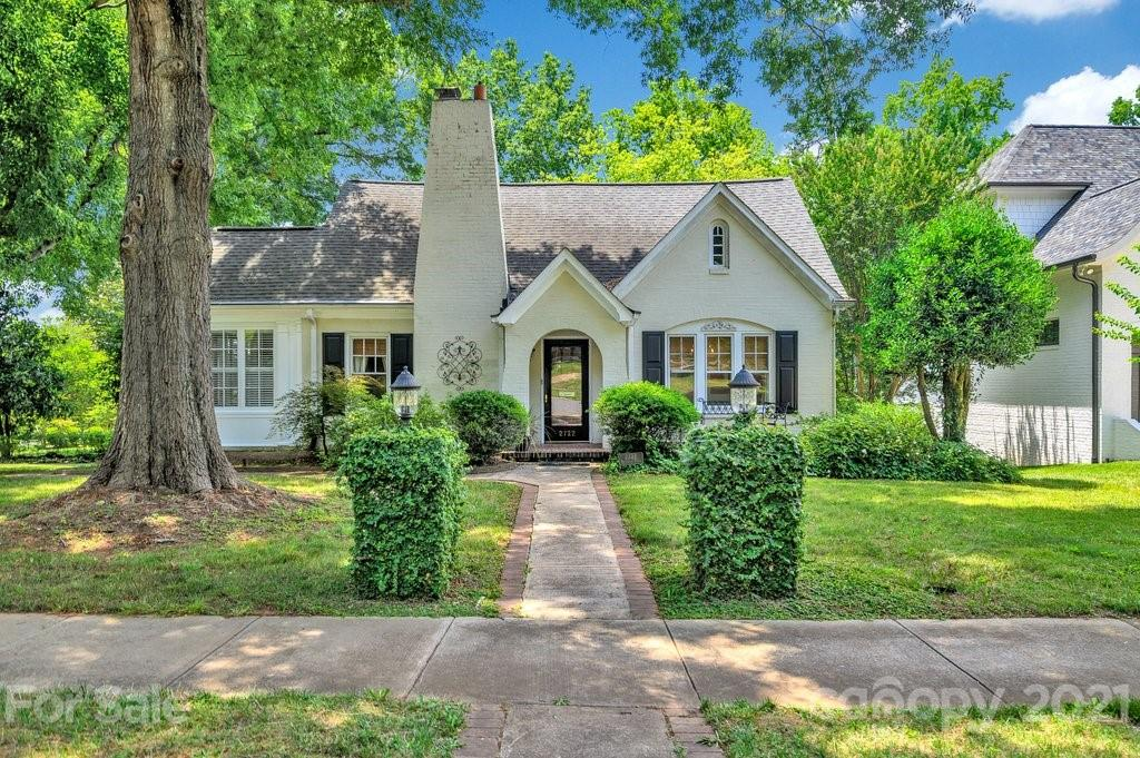 2722 Briarcliff Place, Charlotte, NC 28207, MLS # 3753516